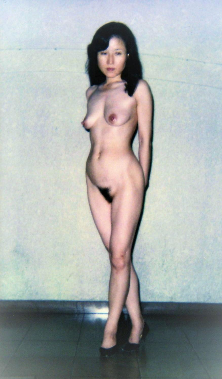 言の葉さんの奥様 nude 裸